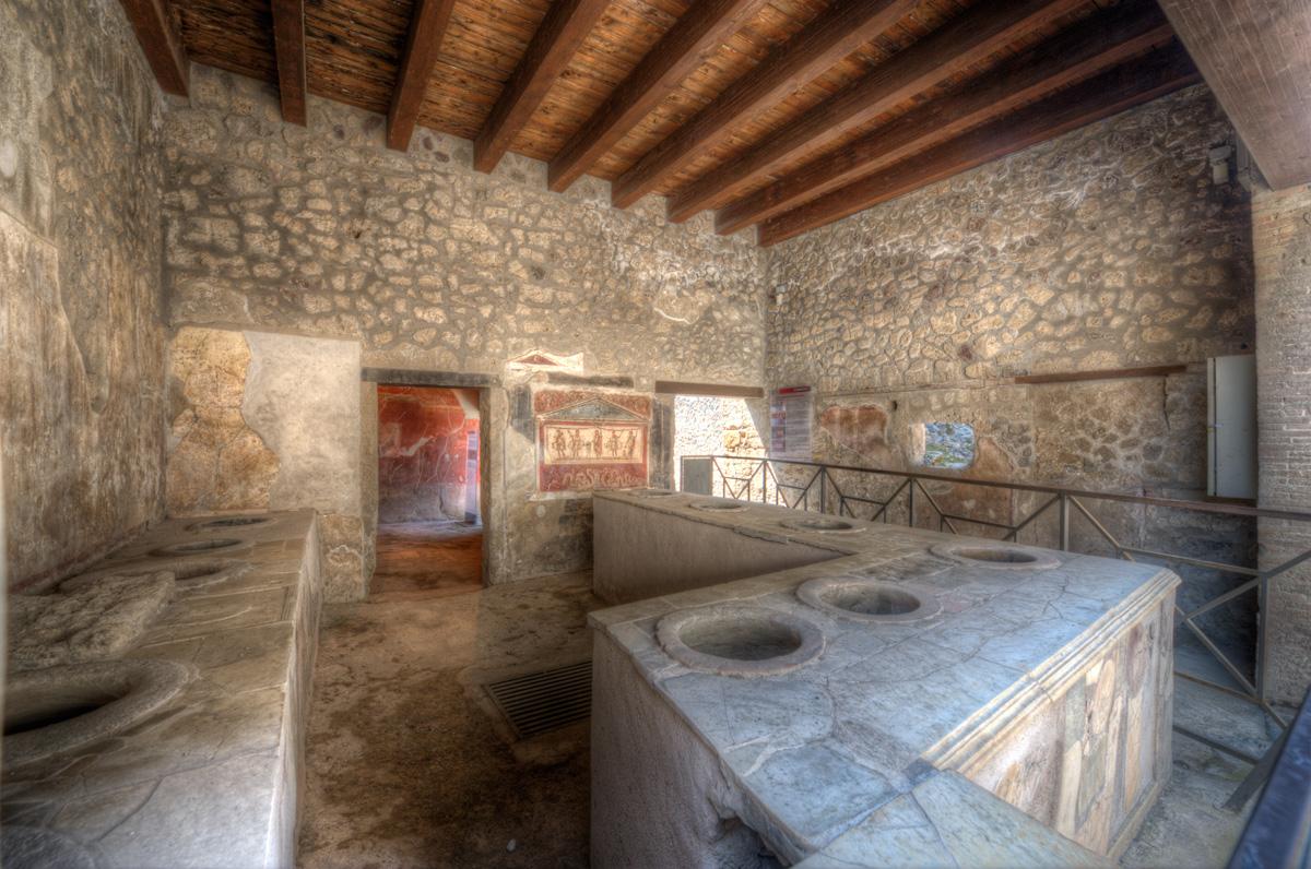 Thermopolium Planet Pompeii