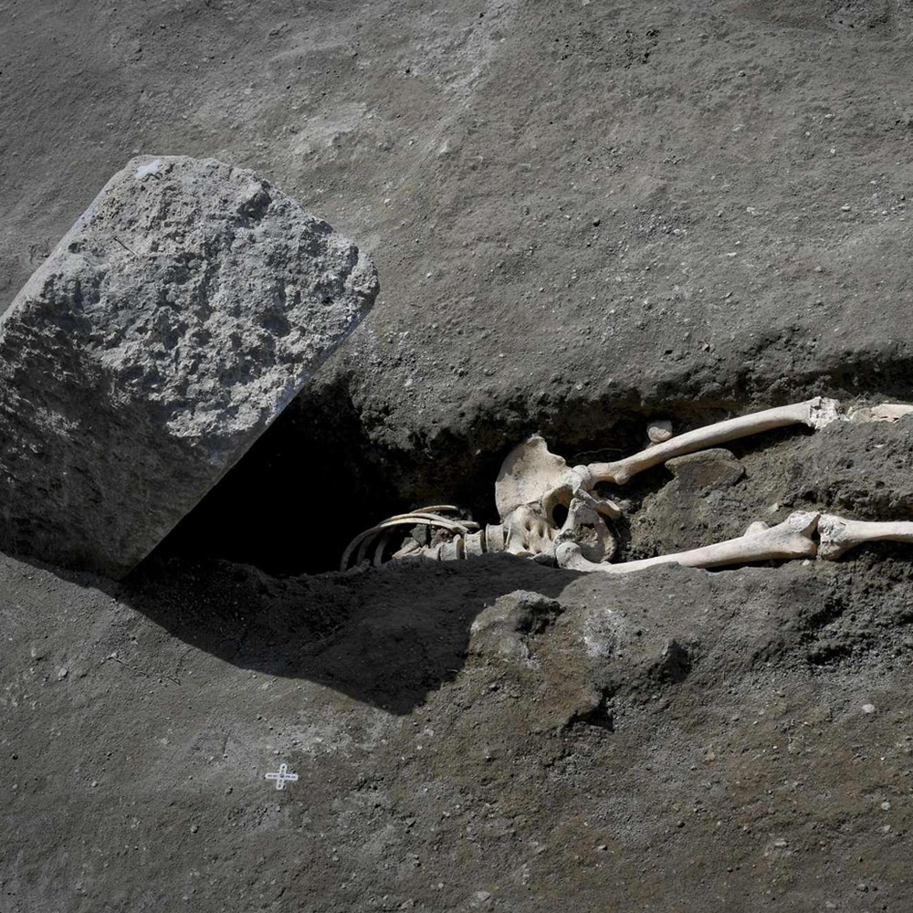 Discovery in Pompeii. Found the beheaded skeleton of the «limping fugitive»